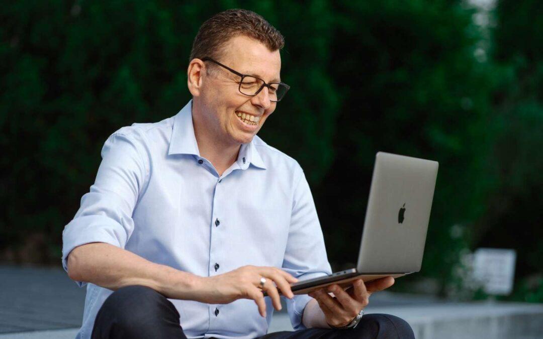 Jede KfZ-Anfrage ist ein lukratives Online-Gespräch