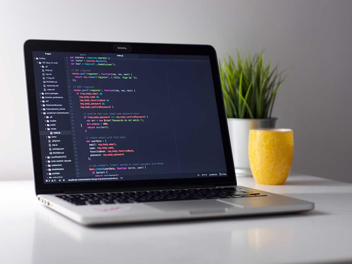 Entwickeln Sie sich zum Internet- und Technikexperten